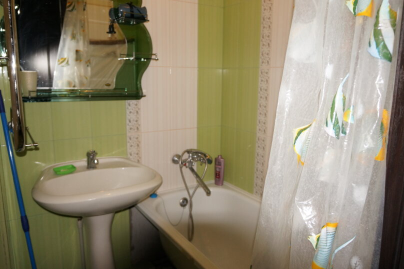 3-комн. квартира, 48 кв.м. на 6 человек, улица Крутая Дорога, 25, Кисловодск - Фотография 4