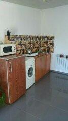 Сдам дом, 80 кв.м. на 4 человека, 2 спальни, Никитская улица, Севастополь - Фотография 3