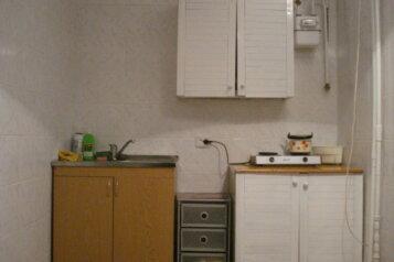 1-комн. квартира, 45 кв.м. на 4 человека, улица Нахимова, 2, поселок Орджоникидзе, Феодосия - Фотография 3