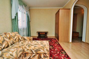 1-комн. квартира, 36 кв.м. на 3 человека, улица Елькина, 84А, Челябинск - Фотография 2