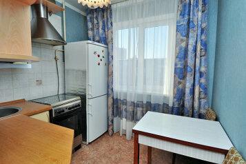 1-комн. квартира, 36 кв.м. на 3 человека, улица Елькина, 84А, Челябинск - Фотография 3