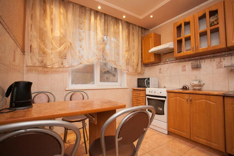 3-комн. квартира, 100 кв.м. на 6 человек, Российская улица, 161, Челябинск - Фотография 4