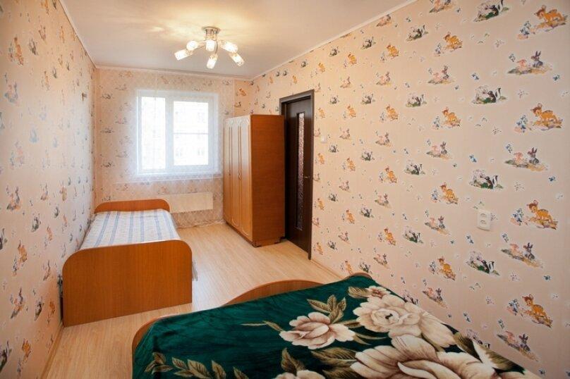 2-комн. квартира на 5 человек, улица Труда, 165, Челябинск - Фотография 3