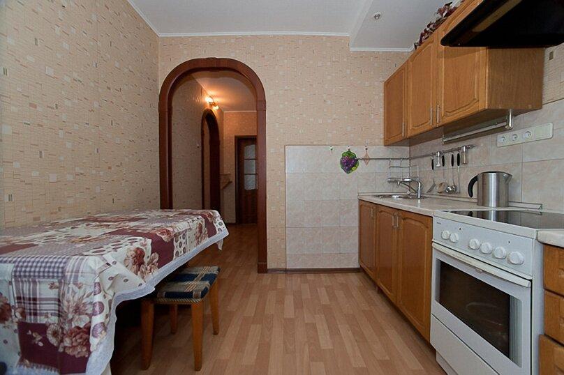 2-комн. квартира на 4 человека, улица 40-летия Победы, 29Д, Челябинск - Фотография 1