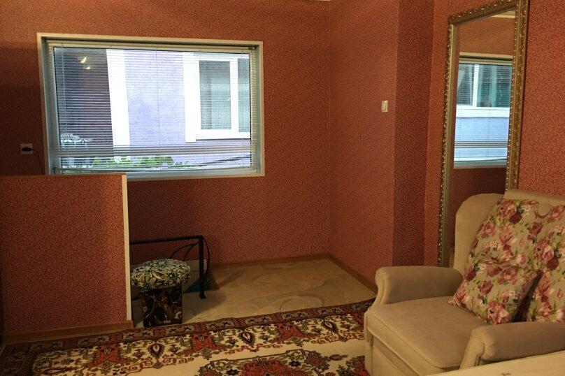 Двухэтажный домик на 1-3 человек. Центр города, 30 кв.м. на 3 человека, 1 спальня, улица Куйбышева, 12, Феодосия - Фотография 6