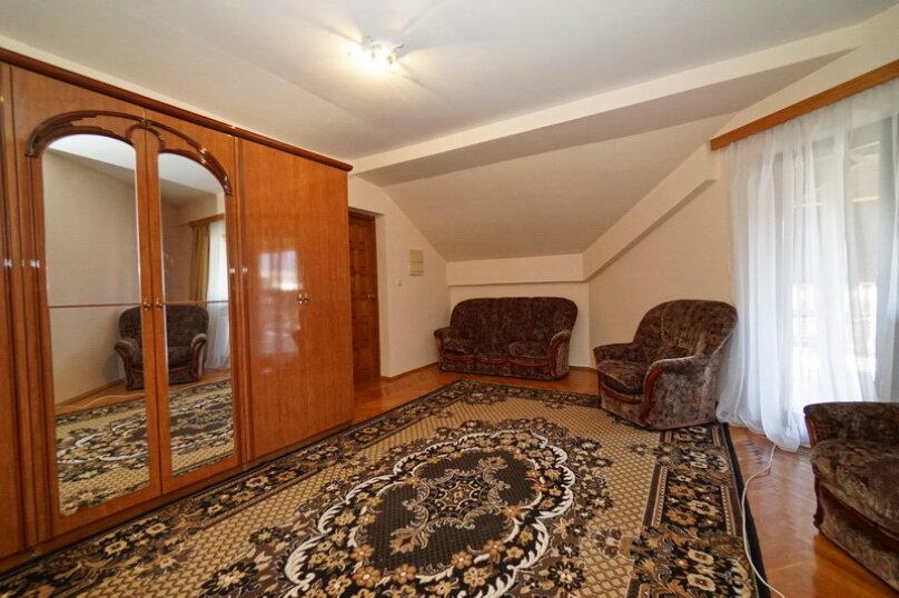 Двухкомнатный номер с балконом второй этаж, кавказская , 9, Агуй-Шапсуг - Фотография 2
