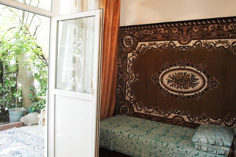 2-комн. квартира, 40 кв.м. на 4 человека, улица Бирюкова, 4, Ялта - Фотография 3