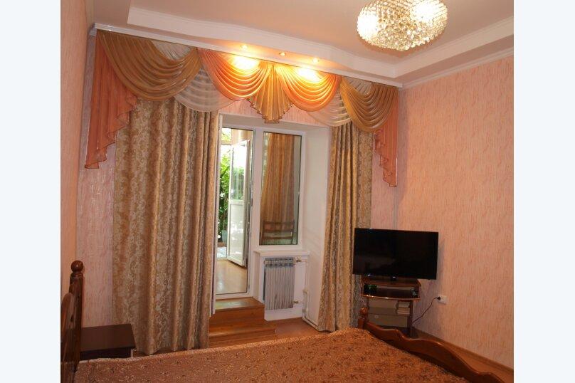 2-комн. квартира, 40 кв.м. на 4 человека, улица Бирюкова, 4, Ялта - Фотография 5