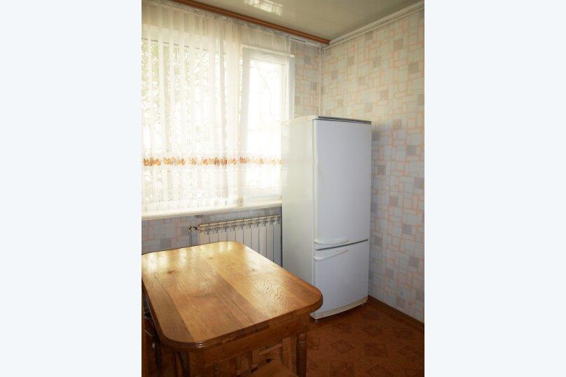 2-комн. квартира, 40 кв.м. на 4 человека, улица Бирюкова, 4, Ялта - Фотография 10