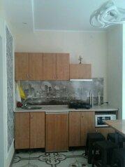 2-комн. квартира, 40 кв.м. на 4 человека, улица Караева, Евпатория - Фотография 2