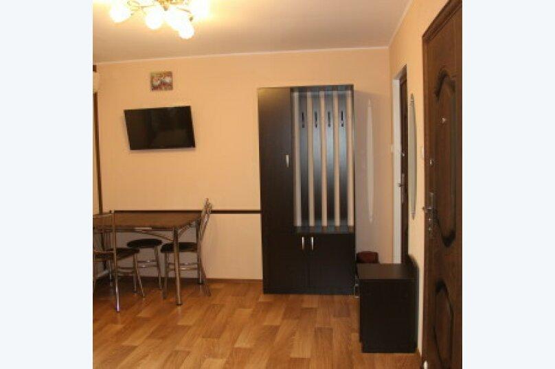 Гостевой дом, улица Калинина, 12 на 9 комнат - Фотография 11