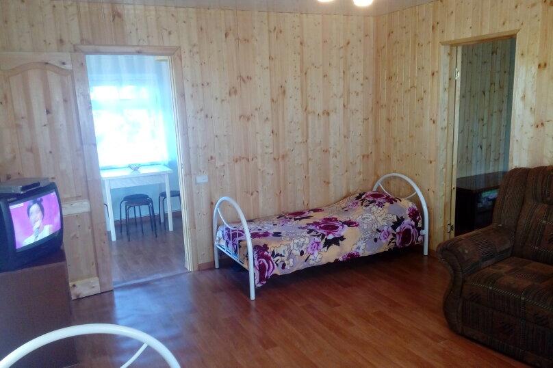 Домик, 45 кв.м. на 5 человек, 2 спальни, улица Ленина, 97, Камышеватская - Фотография 2