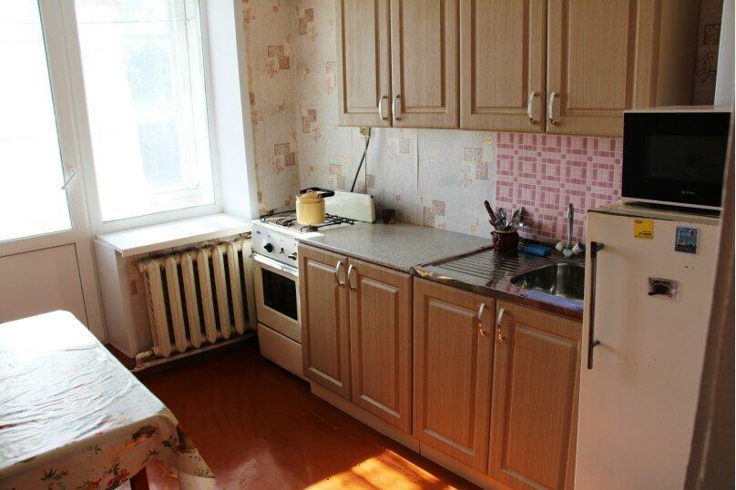 1-комн. квартира, 36 кв.м. на 5 человек, Илецкая, 1б, Соль-Илецк - Фотография 4