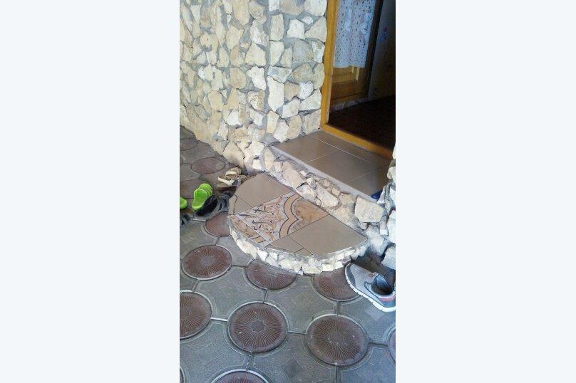 """Гостевой дом """"На Александрова 4"""", улица Александрова, 4 на 5 комнат - Фотография 13"""