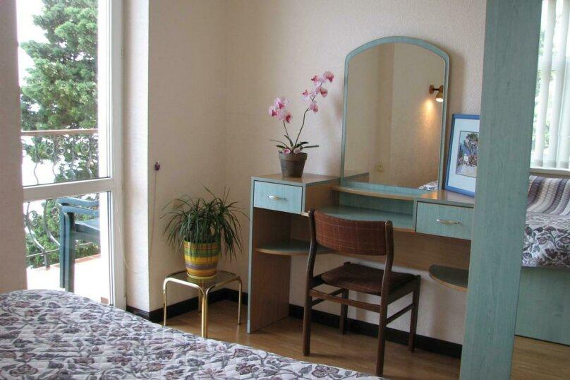 гостевой дом у моря на улице Дражинского,7, 55 кв.м. на 4 человека, 2 спальни, улица Дражинского, 7, Ялта - Фотография 12