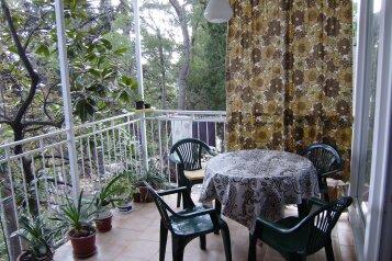 Дом на 4 человека, 2 спальни, Ялтинская улица, 17, Алупка - Фотография 2