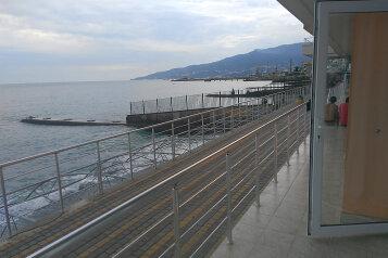 Совершенно новые современные апартаменты на берегу моря!, улица Мориса Тореза, 6 на 1 номер - Фотография 1