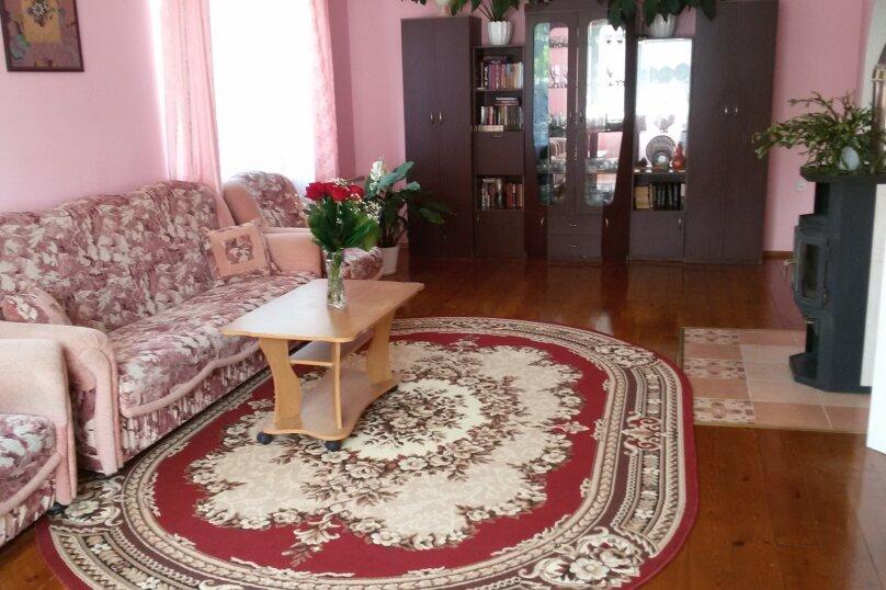 Коттедж, 200 кв.м. на 12 человек, 5 спален, Красный  ключ, мкр, 30, Байкальск - Фотография 4