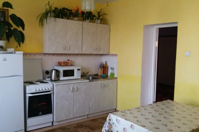 Коттедж, 200 кв.м. на 12 человек, 5 спален, Красный  ключ, мкр, 30, Байкальск - Фотография 9