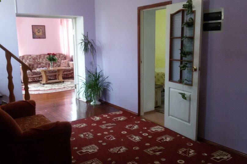 Коттедж, 200 кв.м. на 12 человек, 5 спален, Красный  ключ, мкр, 30, Байкальск - Фотография 10