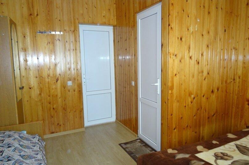 """Гостевой дом """"Азалия"""", Православная улица, 17А на 17 комнат - Фотография 2"""