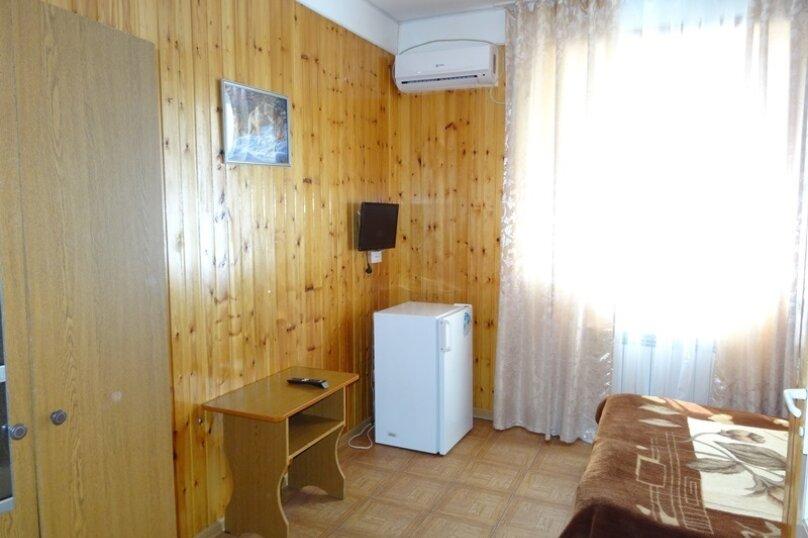 """Гостевой дом """"Азалия"""", Православная улица, 17А на 17 комнат - Фотография 5"""