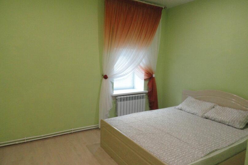 """Гостевой дом """"Жили были"""", улица Щетинина, 66 на 2 комнаты - Фотография 2"""