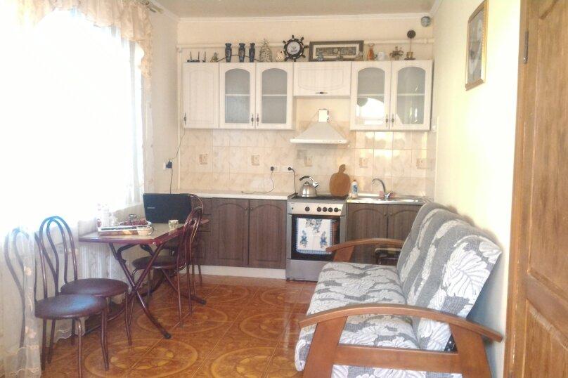 Дом под ключ на 6-8 человек., 80 кв.м. на 8 человек, 3 спальни, Мастеров, 8, Судак - Фотография 3
