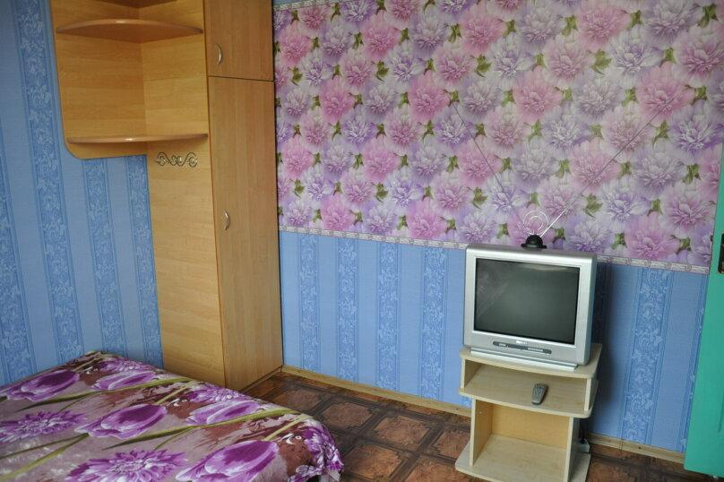 2 этаж номер от 2 до 3 человек, Пролетарская улица, 5А, Гурзуф - Фотография 1