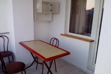 2-комн. квартира, 60 кв.м. на 5 человек, серный, Судак - Фотография 2