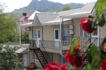 Гостевой дом, Жуковского, 49 на 20 комнат - Фотография 1