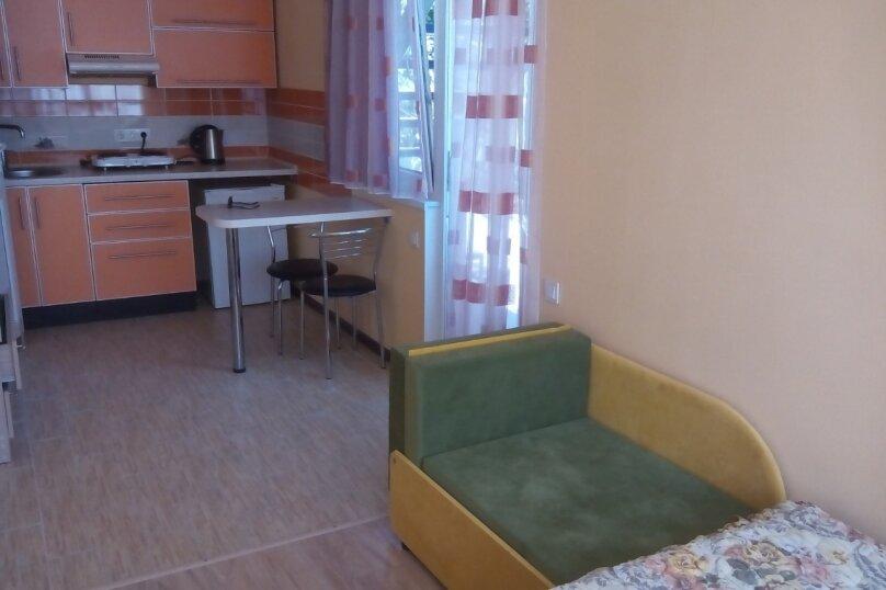 Сдам жилье в Алупке, 20 кв.м. на 3 человека, 1 спальня, улица Калинина, 32, Алупка - Фотография 5