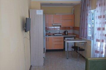 Сдам жилье в Алупке, 20 кв.м. на 3 человека, 1 спальня, улица Калинина, Алупка - Фотография 4