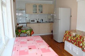 Сдается красивый обустроенный  дом, 125 кв.м. на 5 человек, 3 спальни, Кизиловая, 8, Кацивели - Фотография 3