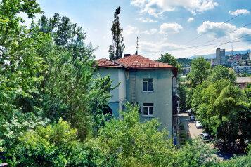 2-комн. квартира, 48 кв.м. на 6 человек, улица Руданского, Ялта - Фотография 2
