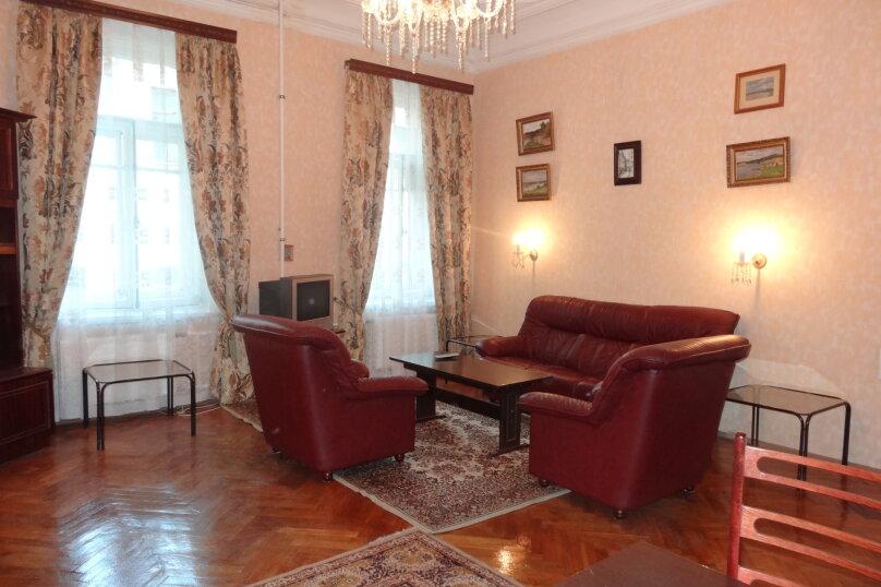 2-комн. квартира, 130 кв.м. на 5 человек, Большая Морская улица, 47, Санкт-Петербург - Фотография 1