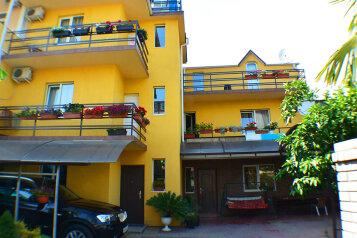 Гостевой дом, улица Ленина на 10 номеров - Фотография 1