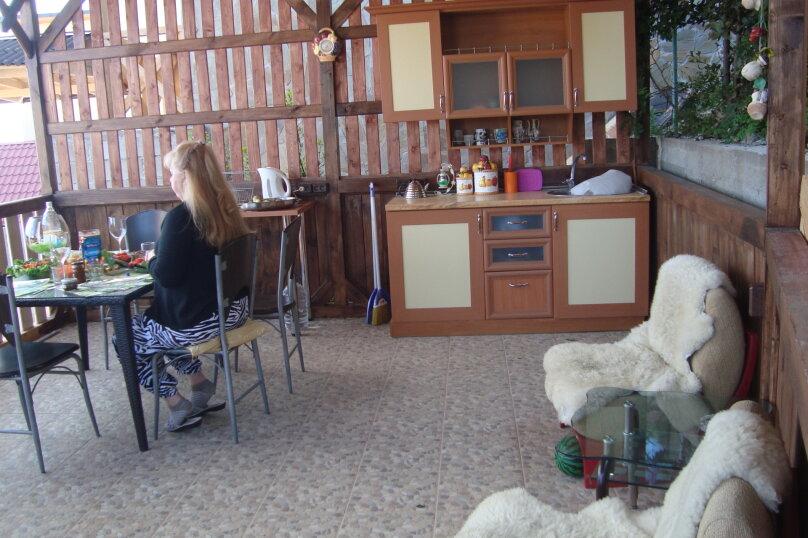 Дом , 120 кв.м. на 10 человек, 3 спальни, Щепкина , 15В, Алупка - Фотография 2