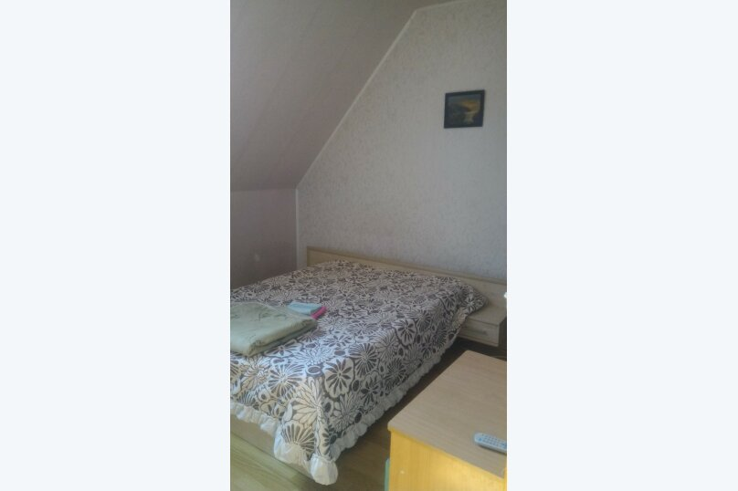 """Гостевой дом """"Три кита"""", Зеленая, 3 на 12 комнат - Фотография 36"""