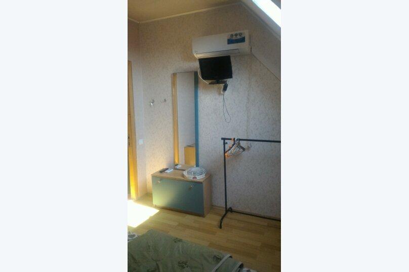 """Гостевой дом """"Три кита"""", Зеленая, 3 на 12 комнат - Фотография 37"""