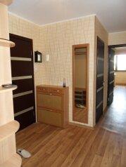 2-комн. квартира, 60 кв.м. на 4 человека, улица Некрасова, Евпатория - Фотография 1