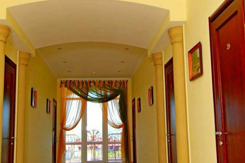 Улучшенный 2-х мест. с балконом, улица Десантников, 16, Коктебель - Фотография 12