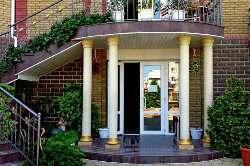 Улучшенный 2-х мест. с балконом, улица Десантников, 16, Коктебель - Фотография 24