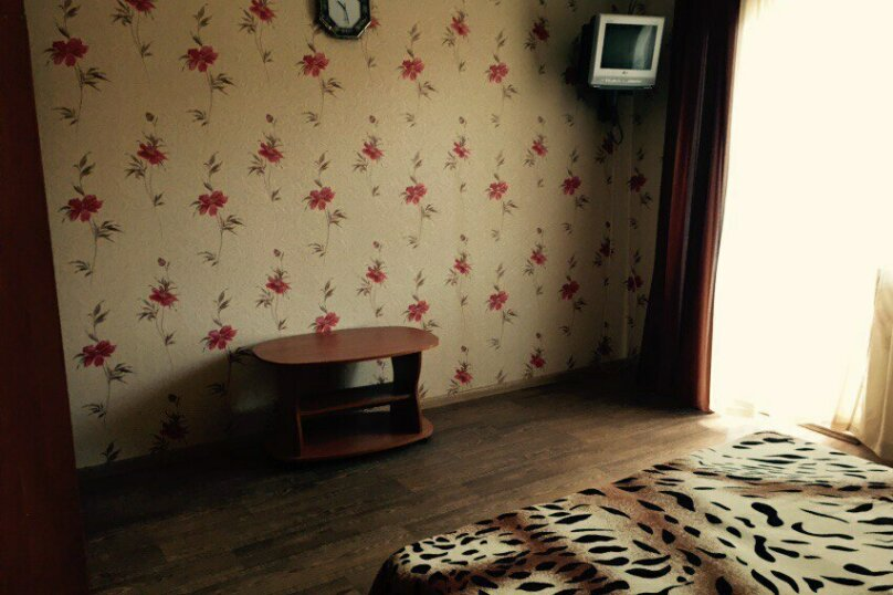Отдельные номера, улица Танкистов, 25 на 1 комнату - Фотография 2