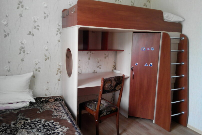 2-комн. квартира, 56 кв.м. на 6 человек, Ул.Комисаровская , 50, Евпатория - Фотография 5