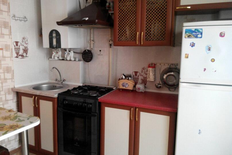2-комн. квартира, 56 кв.м. на 6 человек, Ул.Комисаровская , 50, Евпатория - Фотография 6