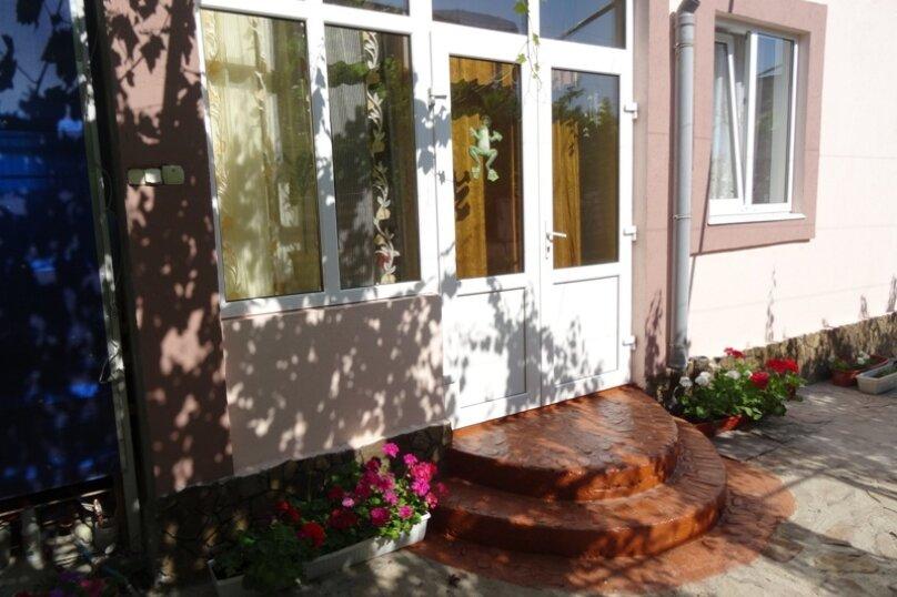 Дом под ключ на 6-8 человек., 80 кв.м. на 8 человек, 3 спальни, Мастеров, 8, Судак - Фотография 1