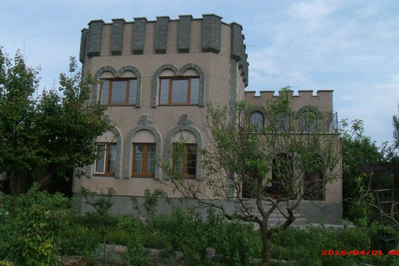 Дом/коттедж  на Павленко , 100 кв.м. на 4 человека, 2 спальни, улица Павленко, 41, Черноморское - Фотография 1