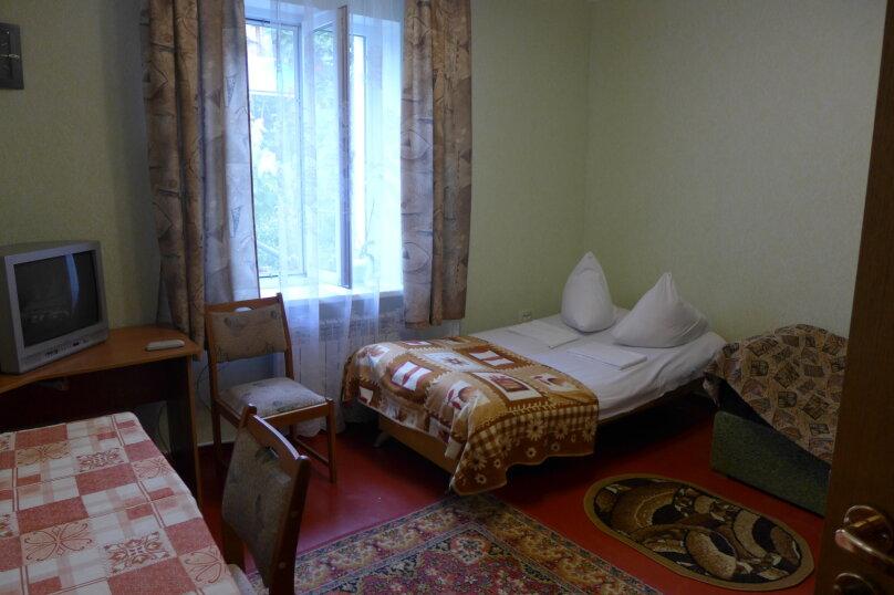 Дом 3 комнаты 1-й этаж, Пионерская улица, 46, Алушта - Фотография 1