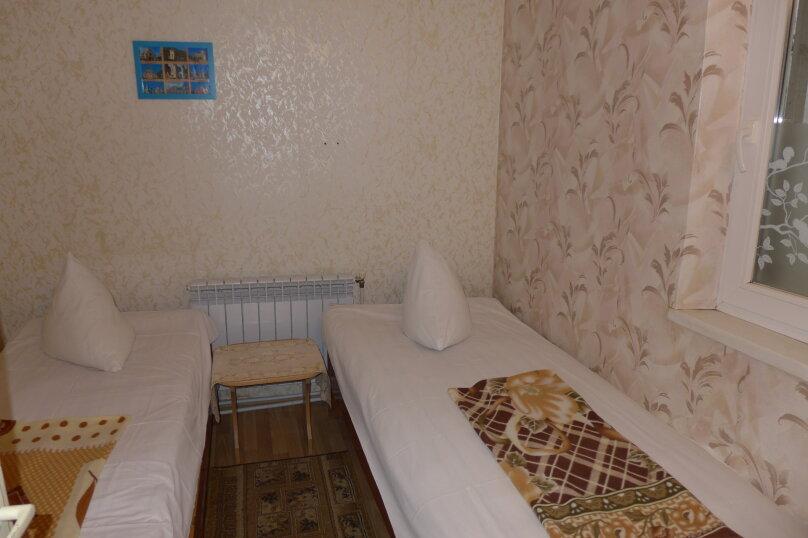 Гостиница 660477, Пионерская улица, 46 на 4 комнаты - Фотография 23
